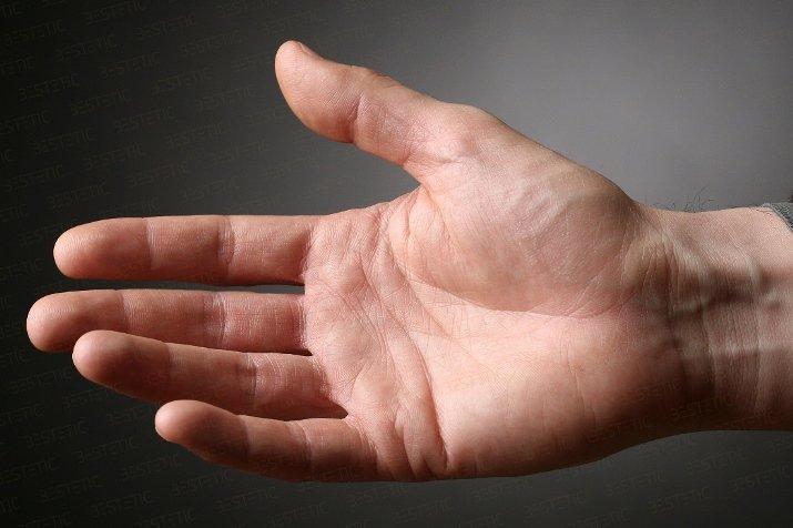 durerea si amortirea mainilor